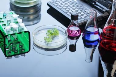 Organic-Chemistry-Chemistry-master-Studiekatalog-380px-