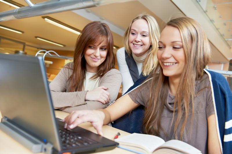 Medie-og-dokumentasjonsvitenskap, nettbasert førstesemesterstudium