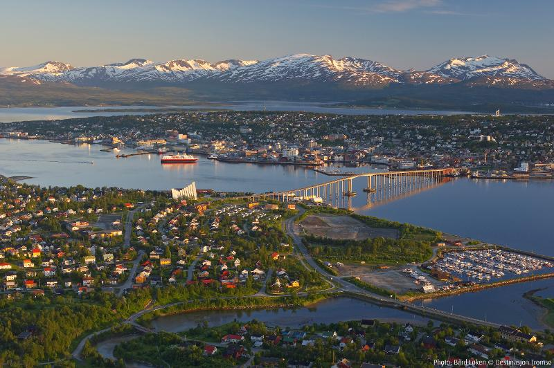Bård Løken Tromsø at midnight print.jpg