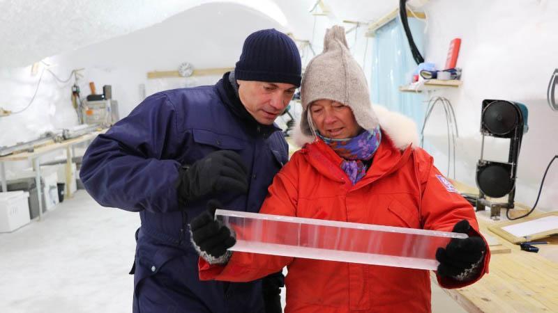 Dorthe Dahl-Jensen together with Tommy Ahlers.