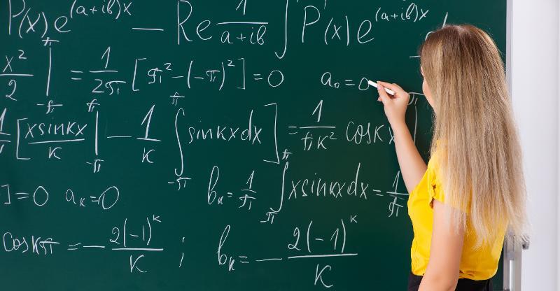 Matematikk og statistikk _bachelor_årsstudium.jpg